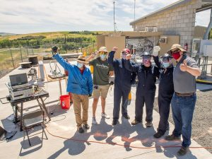 Dr. Ian Richardson and team perform a test on a 3D printed liquid hydrogen tank